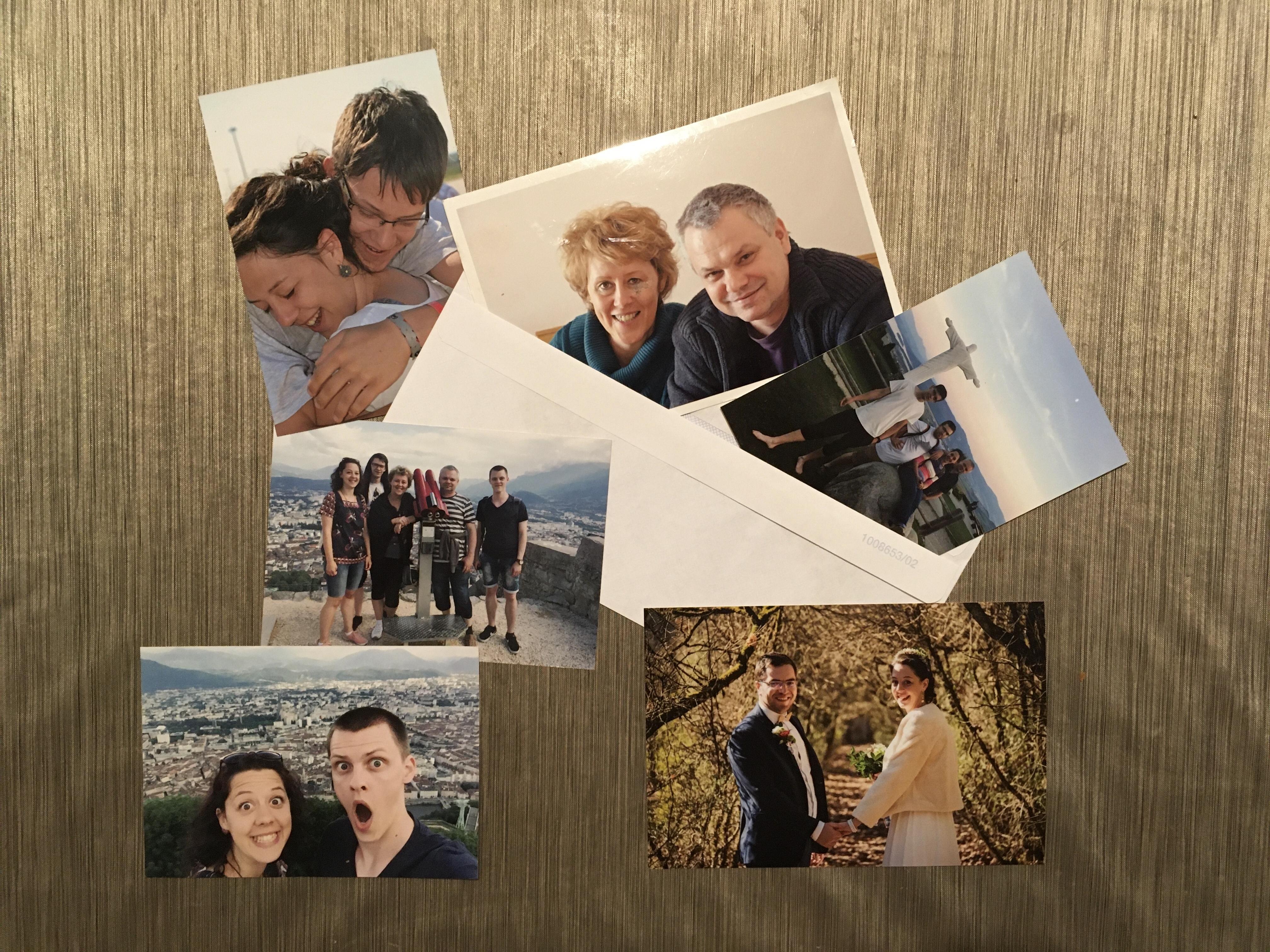 Poslať poštou fotky, pohľadnice, rodinné foto pre seniorov, darček pre rodiny.
